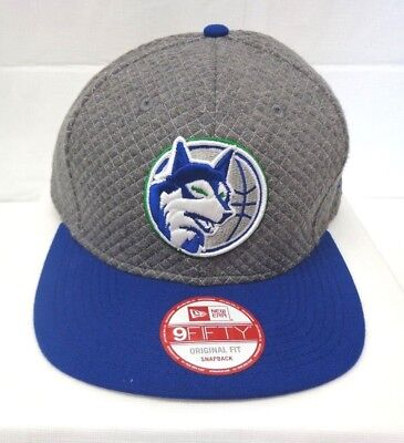 6d59e6bf09f MINNESOTA TIMBERWOLVES NEW Era NBA 9FIFTY Badge Brilliant Snapback ...