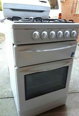 Westinghouse freestyle Stove Oven - Gas