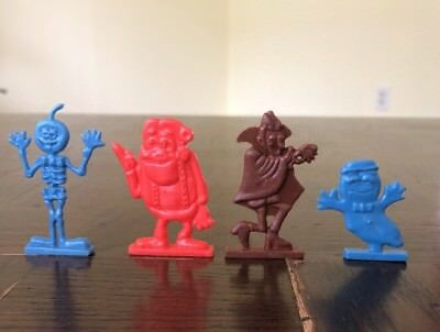 General Mills Cereal Premium 70s Booberry, Frankenberry, Count Chocula Skeleton