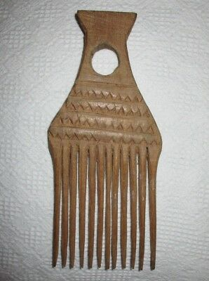 "Vintage Extra large HAND CARVED WOODEN HAIR PICK Comb Pic 9"" x 4"" zigzag design"