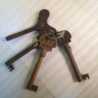 Set of 3 Antique Keys and   One Vintage Clock Key