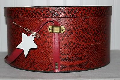 Weighty Antique Unbranded Red Reptile Print Wallpaper Round Hat Box Vinyl Strap