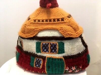 Lovely Vintage Knitted Cottage Tea Cosy  Lined