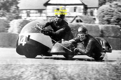 MOTOGP  1964 JOHN-CATHERINE TICKLE  GB  Originalfotos aus dem Labor