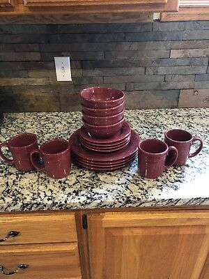Longaberger 16 Piece Dinnerware Set Pottery Dishes Paprika EUC Retired
