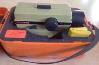 Wild Heerbrugg Na28 F.nr. 554 318 Surveying Level With Case And Manual Included