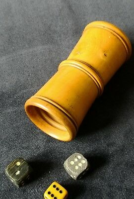 19th Century Treen Box Wood Gaming Dice Shaker Cup & Dice