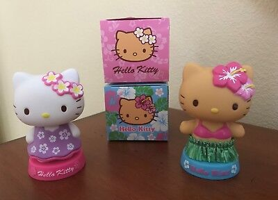 2 Different NIB Sanrio HELLO KITTY HAWAIIAN Hawaii HULA GIRL BOBBLEHEAD Figurine