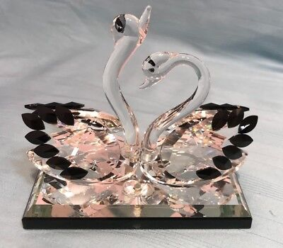 SWANS CRYSTAL GLASS 12cm ORNAMENTS BEAUTIFUL REALLY HIGH QUALITY- BRAND NEW