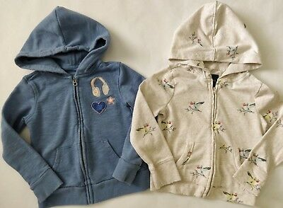 Lot of 2 GAP Girls Adorable Hoodies Size S 6 7 years