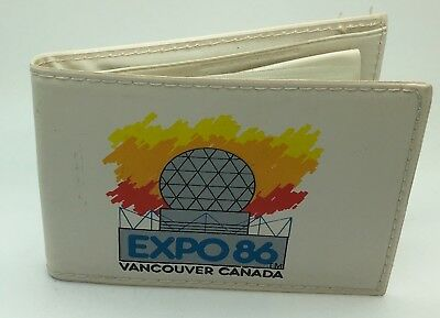 Expo 86 Vancouver BC Canada White Coin Wallet Vinyl Bifold Made In Hong Kong