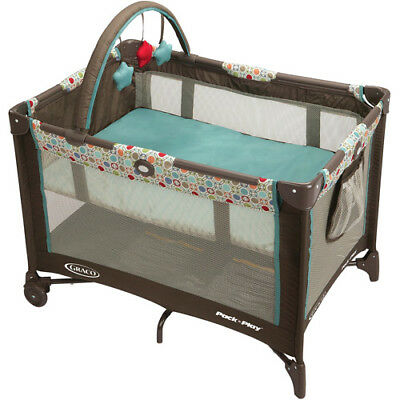 Graco Pack 'n Play on The Go Playard Twister Baby Crib Portable Bed Bassinet New
