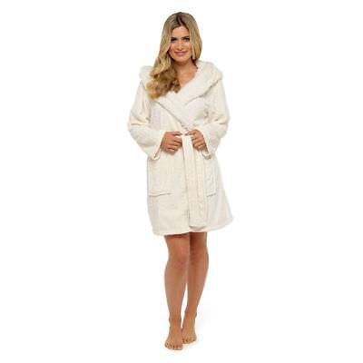 Ladies Embossed Snuggly Fleece Cream Cable Sherpa Hooded Bath Robe/Dressing Gown