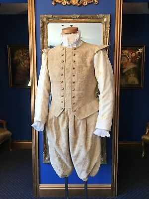 Stunning Men's Theatrical Elizabethan Style Suit, Great Detailing,Top Item!