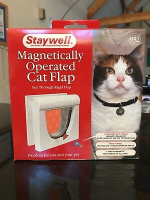 PetSafe Staywell White Magnetic Cat Flap Pet Door & Magnetic Collar Key
