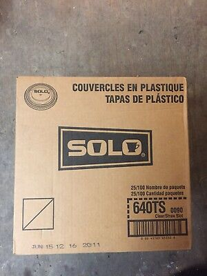 SOLO 640TS-0090 PETE Flat Lid for Cold Cup, Straw Slots, Clear, 2,500/Case