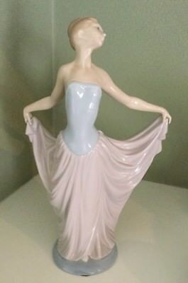 "Vintage Lladro Porcelain Figurine #5050 Dancer 12"" Tall Excellent Condition"