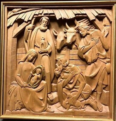 Hand Carved Wooden Nativity Scene Station Made in Italy by Ferdinand Stuflesser