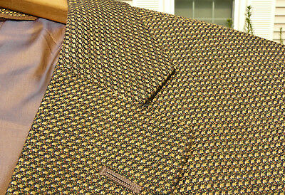 RECENT Tom James Bespoke Green Brown Woven Check Sport Coat 46 R USA 2 Vents