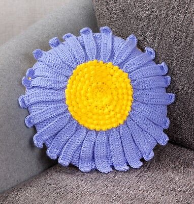 Twilleys - Crochet Kit - Aster Flower Cushion -  2898/4035
