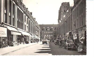 carte postale - (80) Somme - CPA - Abbeville - Rue St-Vulfran