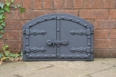 52.5 x 35.4 cm cast iron fire door clay bread oven pizza stove smoke house doors