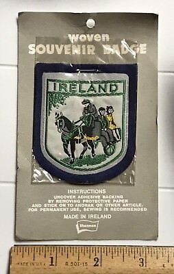 NIP Ireland Man Children Horse Wagon Carriage Souvenir Irish Felt Patch Badge