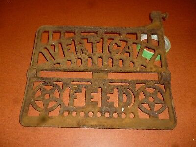 USED Vintage Cast Iron Sewing Machine Foot Pedal Vertical Feed Logo