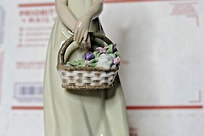 "Lladro ""floral Treasures"" Figurine - #5605 Girl Holding A Basket Of Flowers"
