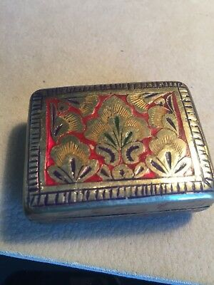 VINTAGE PILL BOX - GOLD TONE Flowered ENAMELLED LID