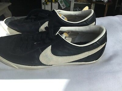 35b4c7a75 Nike Black Leather Classic Sneakers Casual Tennis Shoes Size 8.5 Free  Shipping