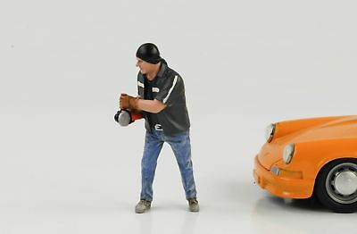 Mechanic Garage Chop Shop Mr Chopman Figurine Figurines 1:18 AMERICAN DIORAMA