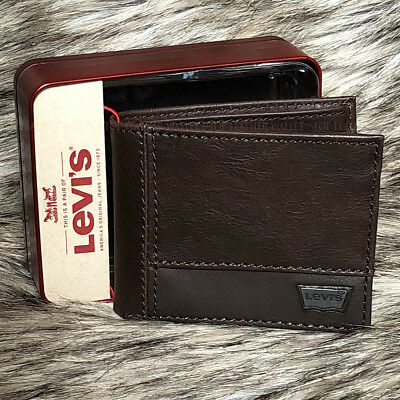 Levi's Men's Passcase Wallet - Brown Plaque and Brand New