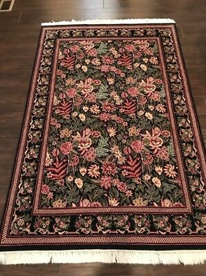Vintage Traditional Authentic Hand Knotted Persian Pakistan Wool Rug
