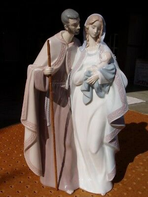 2001 Lladro Porcelain Figure Figurine 6761 Blessed Family Mary Joseph Jesus Mint