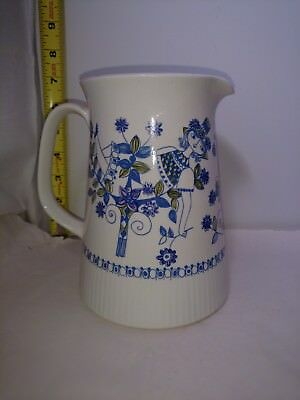 Figgjo Flint Norway Lotte Pottery water Pitcher 6.75 inches tall
