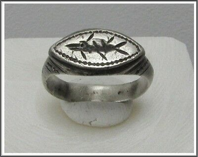 **IRON AGE**Ancient Silver  CELTIC Ring  800–450 BC**FISH **