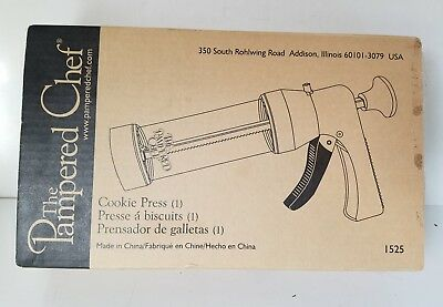 Pampered Chef Cookie Press, nib