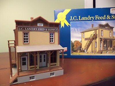 HO Scale Model Background Building for Railroad Trains Landry Feed Store Walther