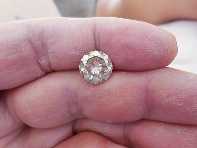 Fiery 3.80 ct Mineral White Color Round Loose Moissanite VVS2 10.26 mm