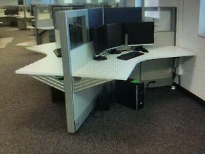 Nice! 3 Person Work Station HERMAN MILLER AO2 Cubicles  (read description)