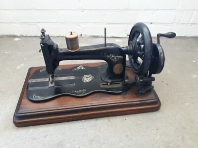 1882 New Family Singer 12k Fiddle Base Hand Crank sewing machine to restore