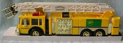 1996 BP Series 1 Fire Truck-GOLD Serial Numbered 00599 1:35 Scale Model  NIB