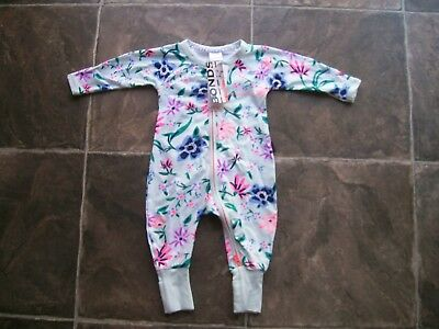 BNWT Baby Girl's Bonds Green Floral Zip Wondersuit/Coverall Size 000