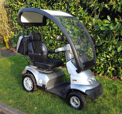 TGA Breeze S4 + Hard Top Roof / Canopy + New Batteries Mobility Scooter & NEW DELUXE Sheerlines Mobility Scooter Canopy - Stay Warm This ...