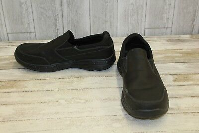 01835928e24 SKECHERS RELAXED FIT Glides Calculous Slip On Shoes