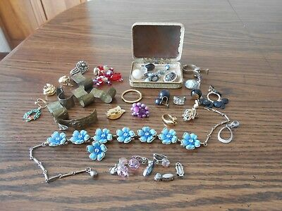 Lot of vintage jewelry, some needs repair, single earrings and misc.