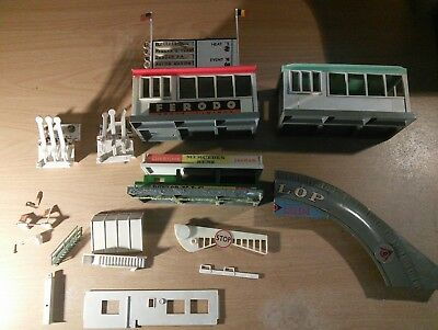 TRIANG HORNBY MINIC MOTORWAYS SPARES M1814 MOTEL WALL D
