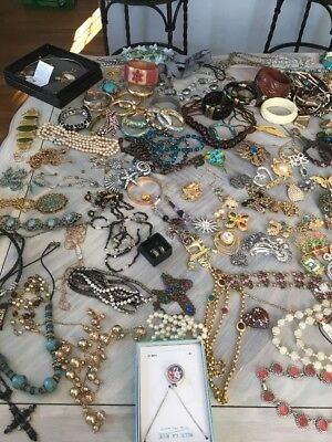 Beautiful lot of jewelry some high end signed pieces.  Great condition. 200+ PCS