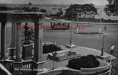 SINGAPORE  - Sir Stamford Raffles Statue, passing Tram,   Real Photo.